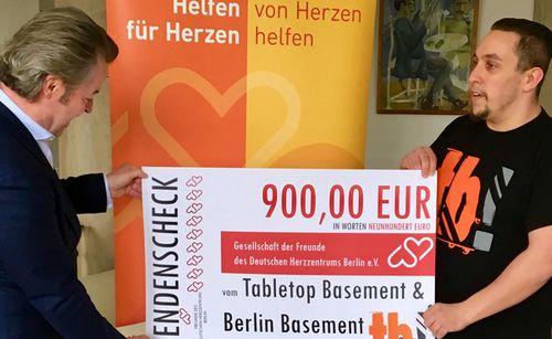 Online-Auktion von Tabletop Basement für die Herzfreunde